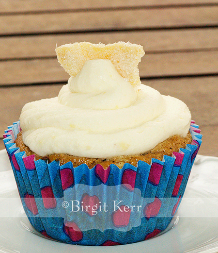 ... Daily Bytes: Pumpkin Cupcakes with Mascarpone Ginger Frosting (LC, SF